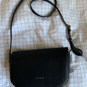 Aritzia Bags - Aritzia Six Eleven Hendrick Black Crossbody Bag